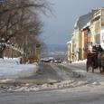 雪道を往く馬車